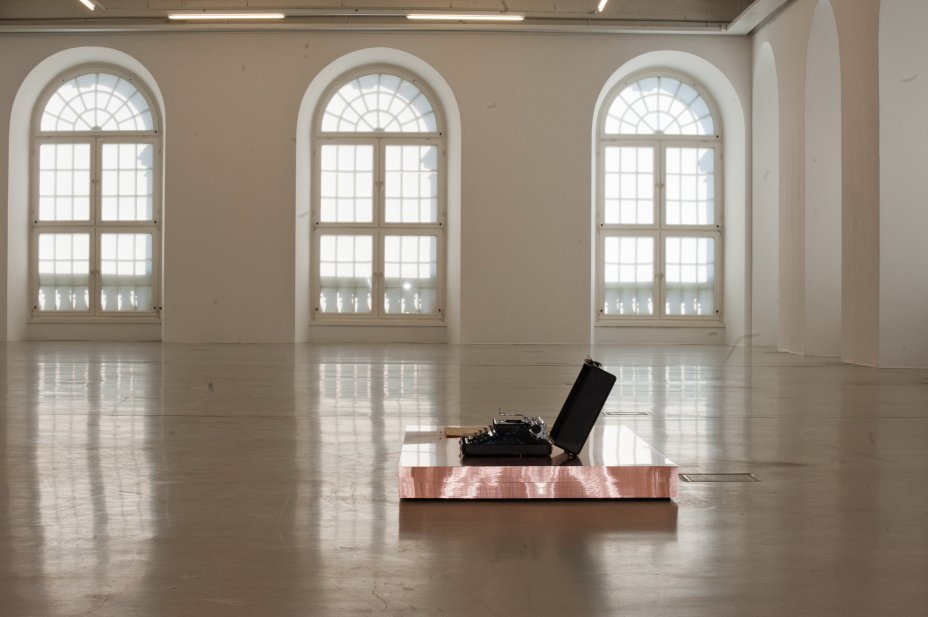 Exibition Danh Vo: JULY, IV, MDCCLXXVI; Kunsthalle Fridericianum (Kassel, GER) 11