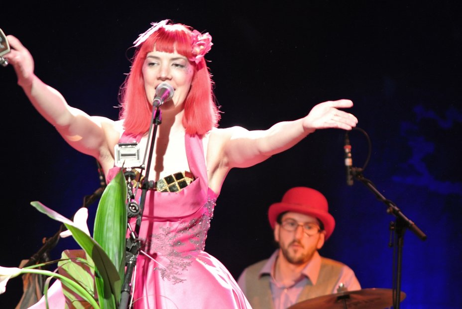 Gabby Young & Other Animals (GB) 10