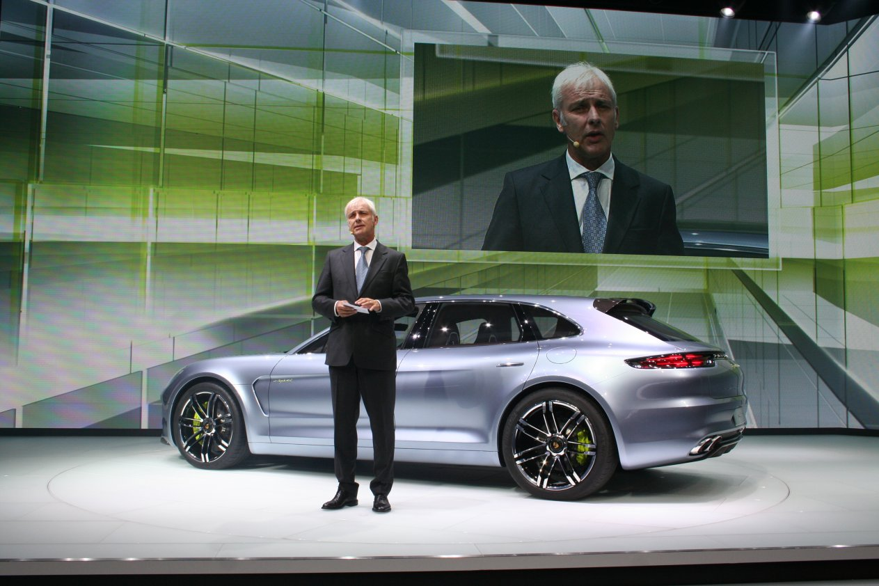 Paris Automobile Show 2012: World Premiers, Press Conferences and Concept Vehicles 4