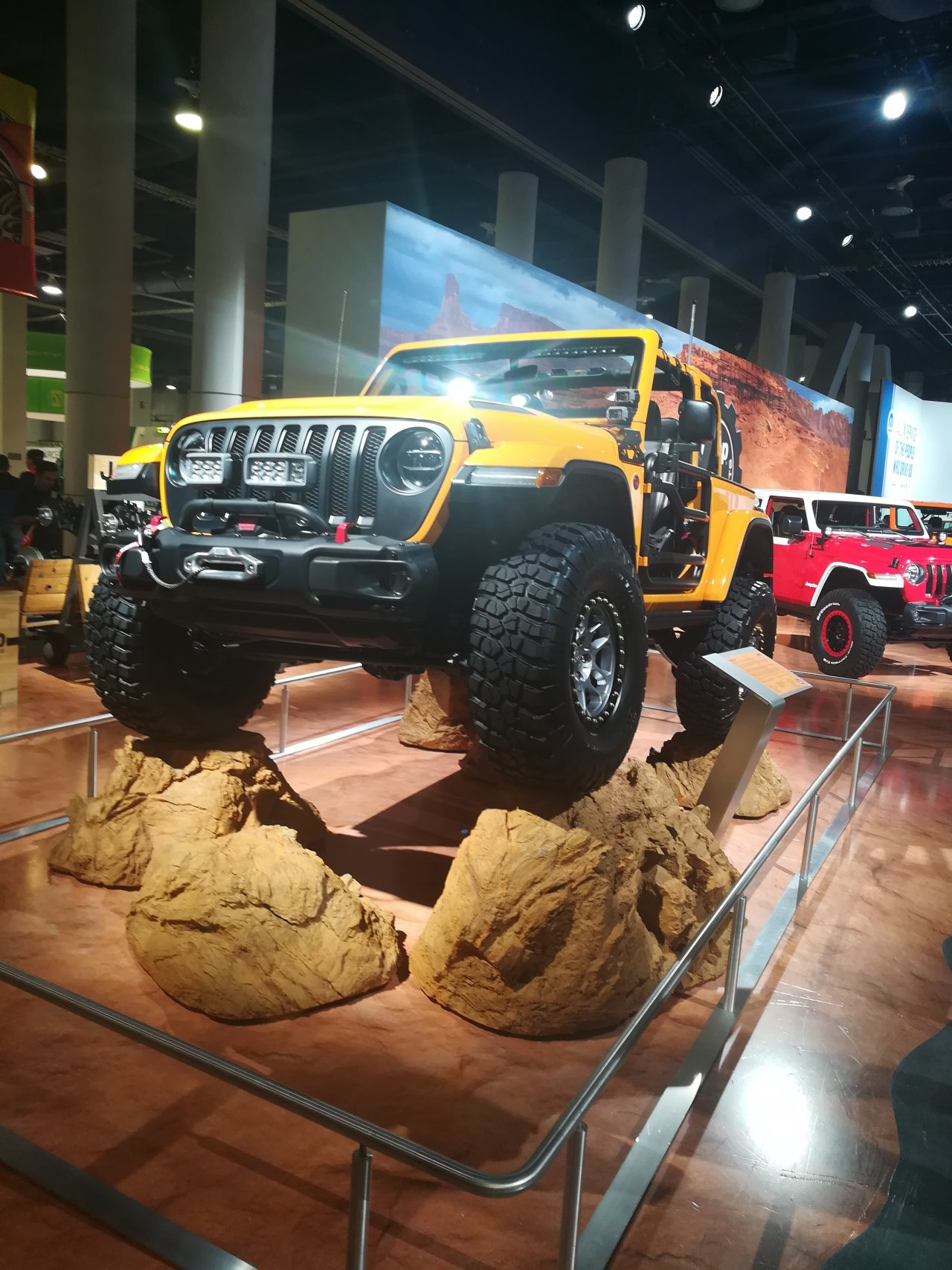 2018 SEMA and AAPEX Show: Las Vegas Convention Center and